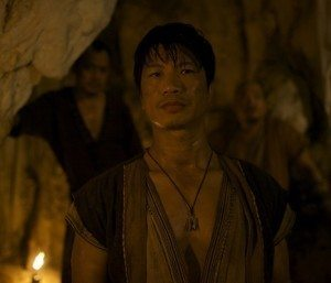 Dustin Nguyen as Li Kung in The Man with the Iron Fists 2