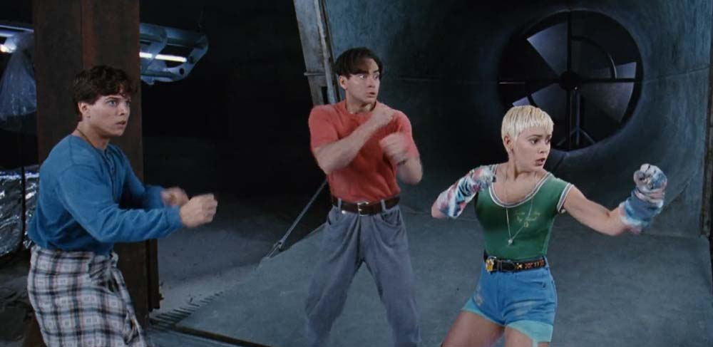 Revisiting The Reviled Double Dragon Is Neon Colored Buffoonery Fanboynation Magazine